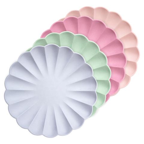 Тарелки разноцветные