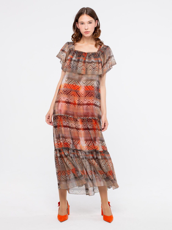 Платье З185-735 - Платье из нежнейшего прозрачного шифона на широкой кокетке с воланом. Горловина присборена резинкой и обработана широким воланом, что позволяет носить платье как с открытыми плечами, так и с закрытыми. В комплекте трикотажная юбка-подкладка и пояс-кушак из такой же ткани. Прекрасный выбор для отпуска и повседневных образов