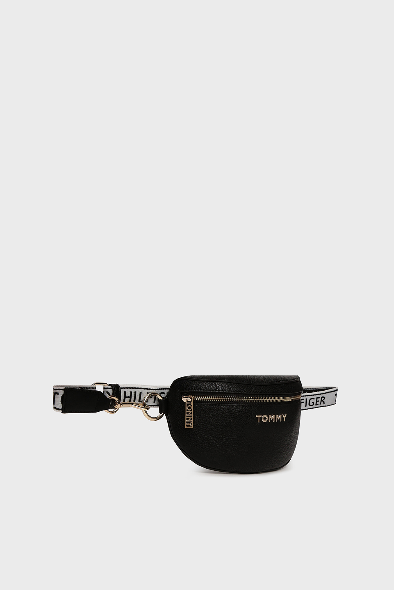 Женская черная поясная сумка ICONIC TOMMY BUMBAG Tommy Hilfiger
