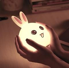 светильник детский ночник Colorful Silicone Lamp розовый зайчик изображение