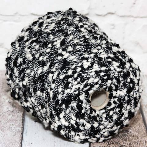 Фасонная пряжа Lineapiu c черными и белыми камушками