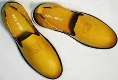 Хорошие мужские туфли из натуральной кожи King West 053-1022 Yellow-White.
