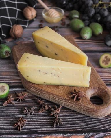 Сыр из Коровьего молока с ТРЮФЕЛЕМ, кг