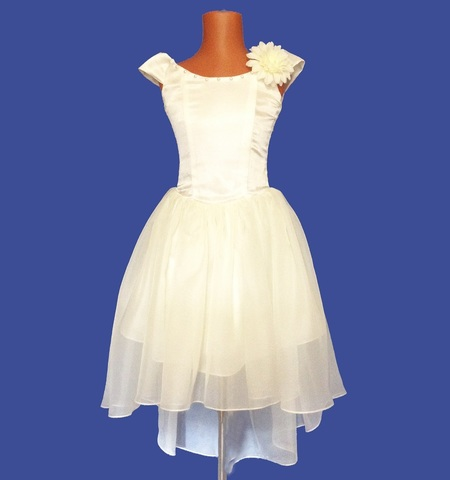 Бальное платье Айвори со шлейфом