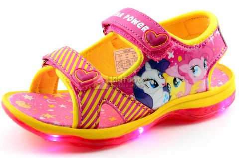 Светящиеся сандалии