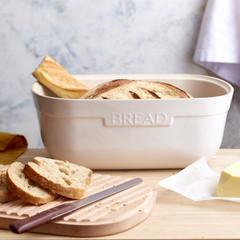 Хлебница с разделочной доской Emile Henry