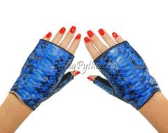 Перчатки из кожи питона AC-23