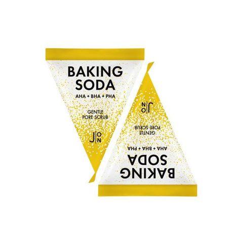 Очищающий скраб для лица с содой и AHA, BHA и PHA кислотами