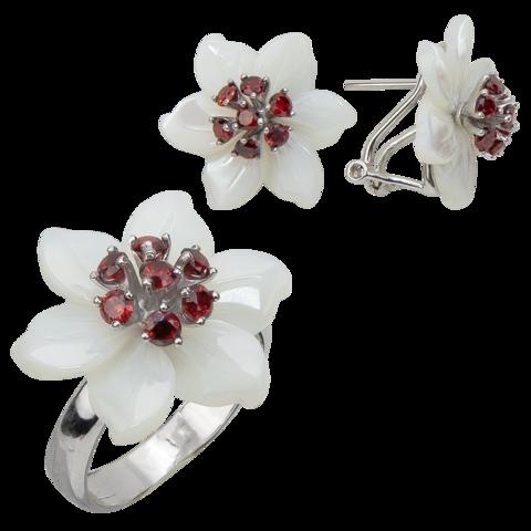 Комплект украшений с цветами из белого перламутра и гранатом № БА2