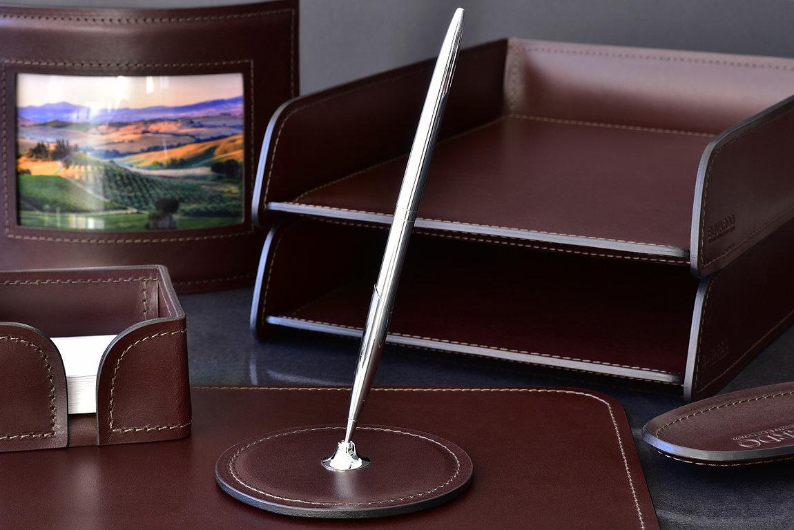 Подставка для одной ручки BUVARDO PREMIUM из кожи Full Grain Brown/Cuoietto черный