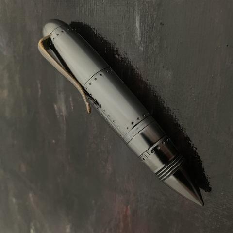 Титановая ручка Zeppelin чёрная с DLC покрытием