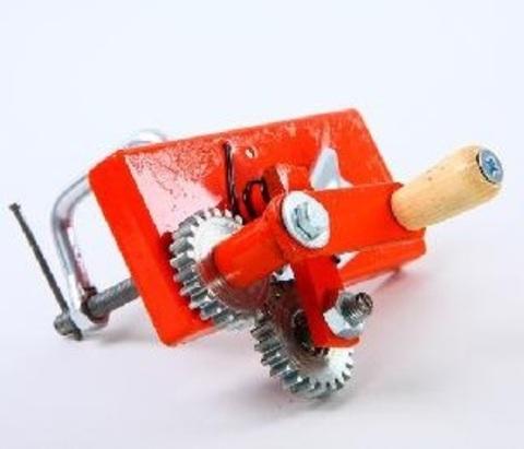 Машинка для гофрированной бумаги, металлическая с зубцами