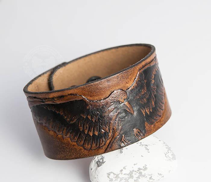 BL464 Коричневый браслет из кожи с вороном, ручная работа