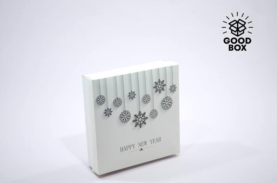 Новогодняя коробка с 3Д изображением купить оптом