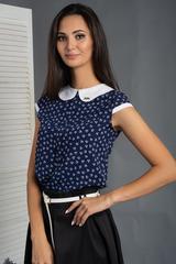 Вита. Классическая блуза с круглым воротником. Синие сердечки