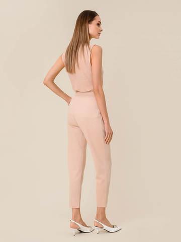 Женские брюки с защипами золотого цвета из вискозы - фото 2