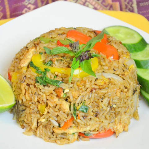 https://static-ru.insales.ru/images/products/1/2874/73714490/fried_rice_chicken.jpg