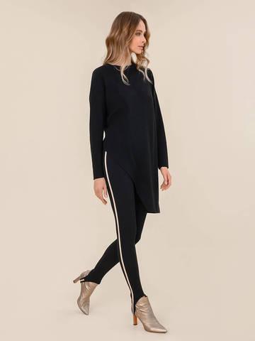Женский брюки черного цвета из шерсти с контрастной полосой и штрипками - фото 2