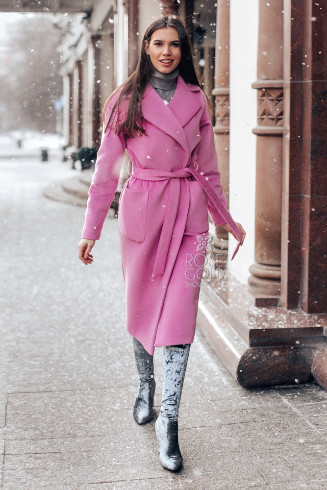 palto-halat-rozovoe
