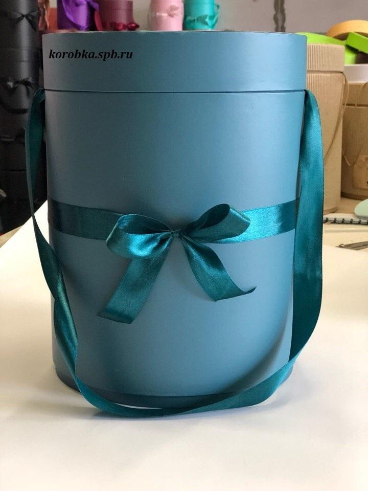 Шляпная коробка  22,5 см Цвет:  темно зеленая . Розница 390 рублей .