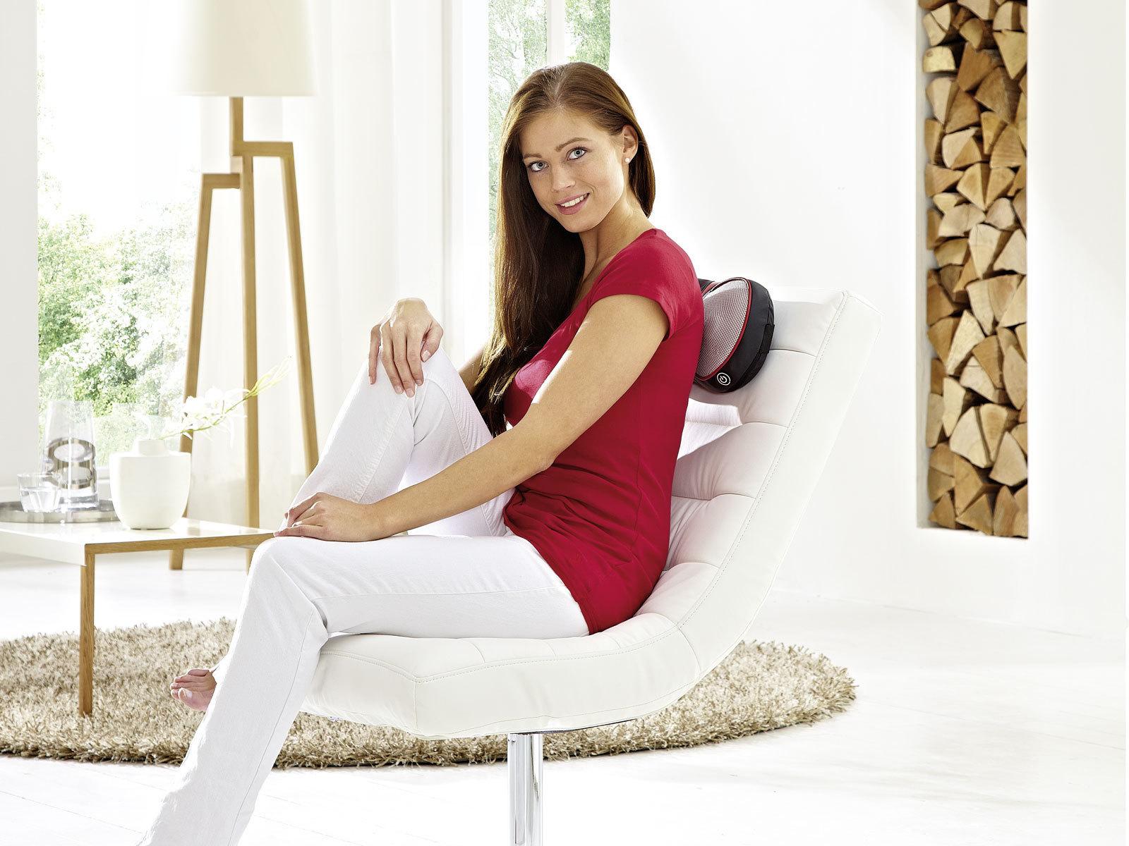 Массажная подушка c инфракрасным прогревом и роликами