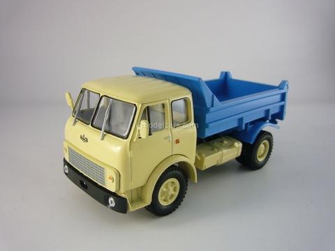 MAZ-5549 tipper beige-blue 1:43 Nash Avtoprom