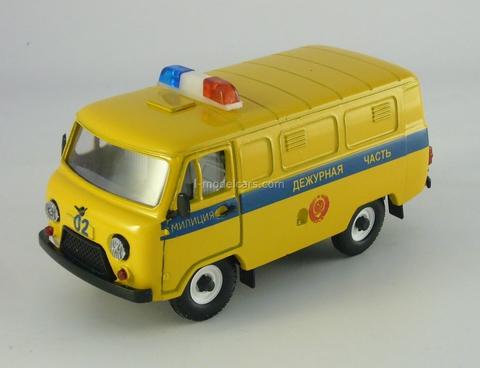 UAZ-3741 Police 1:43 Agat Mossar Tantal