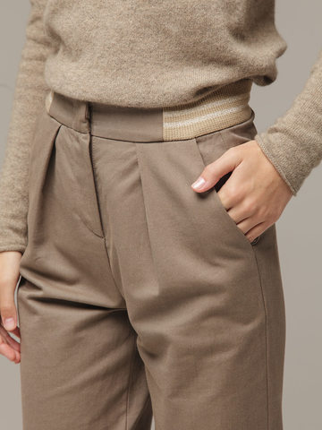 Женские серо-коричневые брюки из хлопка - фото 4