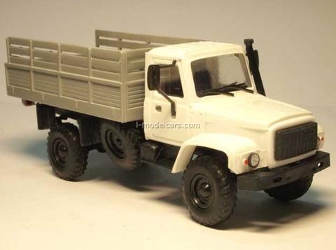 GAZ-3308 Sadko board white-gray Kompanion 1:43