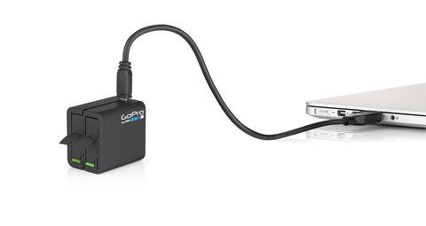 Dual Battery Charger Hero 4 - З.у. для 2х аккумуляторов + 1 аккумулятор в комплекте