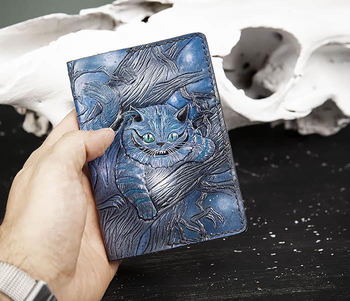 BC209 Кожаная обложка «Чеширский Кот» ручной работы фото 09