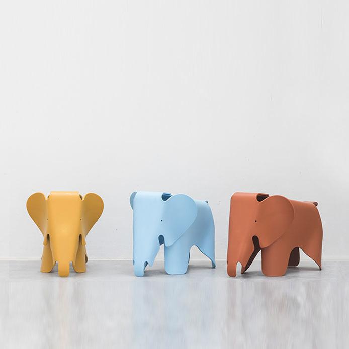Детский стул Eames Elephant by Vitra (коричневый)