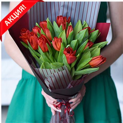 Букет 15 красных тюльпанов