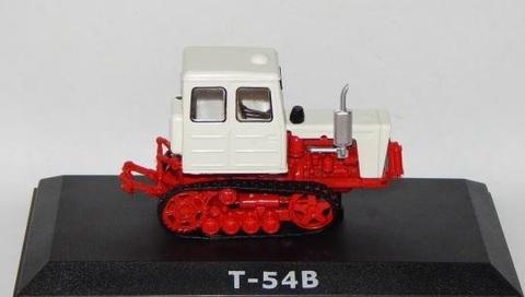 Модель Трактор №16 Т-54В (история, люди, машины)