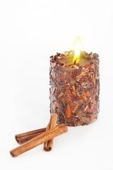 Свеча-эко ручной работы SUCCESS с дробленной корицей, эф корица, d 8 h 10 см/ круглая