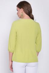 <p><span>Идеальный вариант на любое торжество. Легкая, воздушная блузка станет незаменимой в Вашем гардеробе. По переду горловины великолепные защипы с брошкой. Рукав 3/4 на резинке.&nbsp;</span></p>