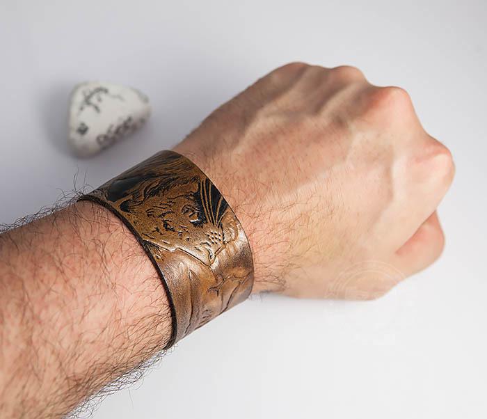 BL462 Мужской кожаный браслет со львом ручной работы фото 06