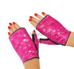 Перчатки из кожи питона AC-24