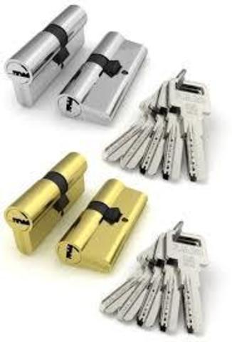 Личинка замка (цилиндрический механизм) R600/70mm СР хром 70 (30*40) (25+10+35)  кл./кл. перфокарта