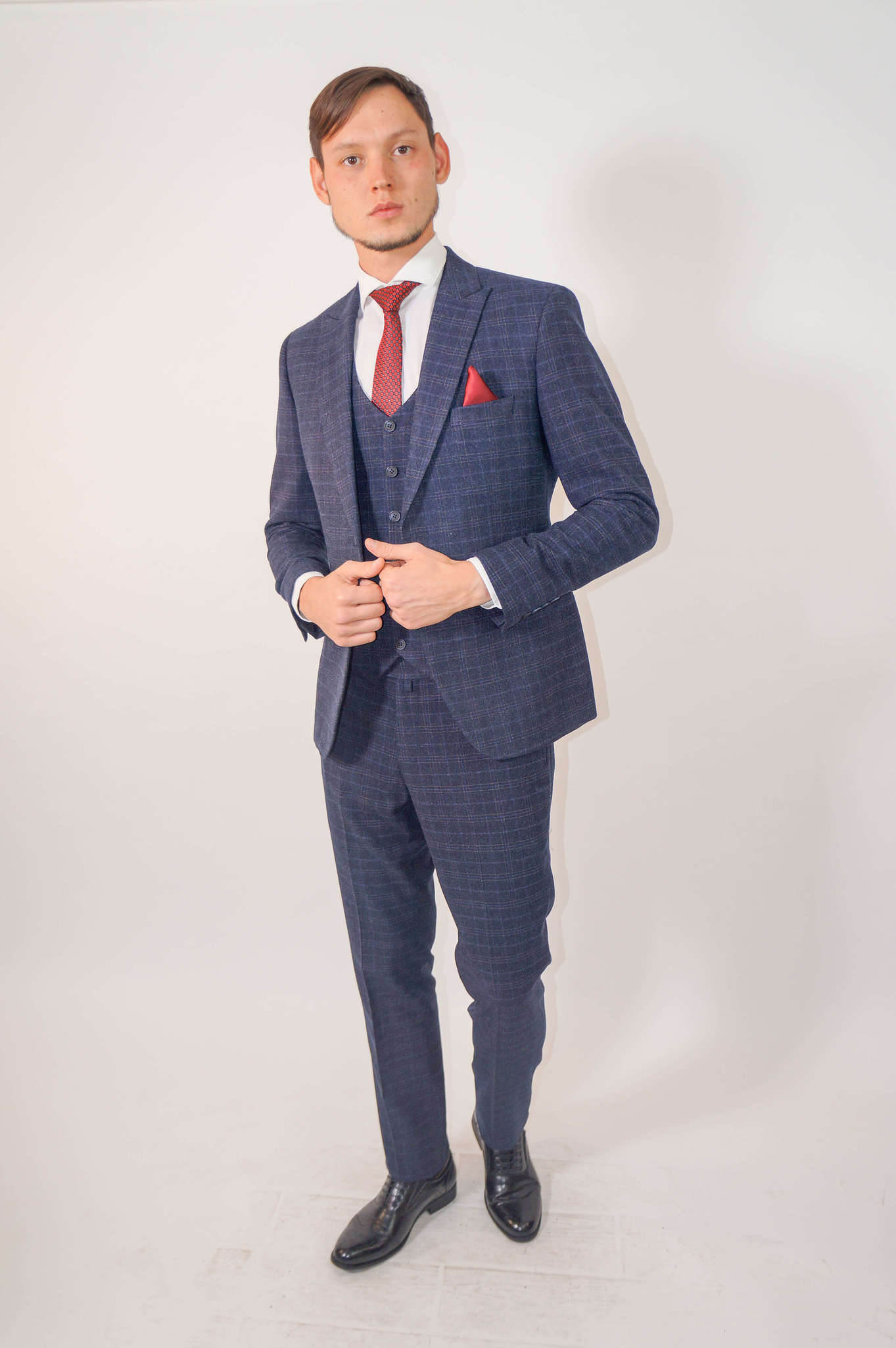 Костюмы Slim fit CESARE MARIANO / Костюм - тройка slim fit DSC02320.jpg