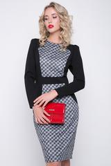 <p>Эффектное платье для офиса!!! Приталенный силуэт, комбинация расцветок, отличный трикотаж - всё это отлчно гармонирует в этой модели. Рукав длинный, по спинке замок.&nbsp;<span>Длина: 46-48 - 111см, 50-52 - 112см</span></p>