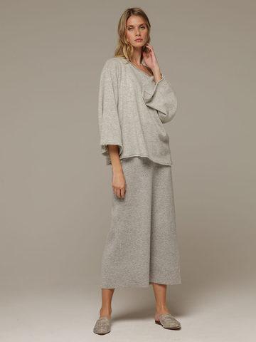 Женский серый джемпер свободного кроя из 100% кашемира - фото 5