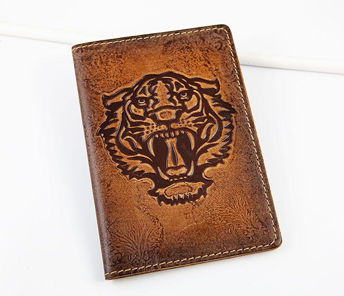 BY14-09-03 Обложка для паспорта с тигром, натуральная кожа
