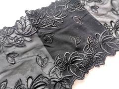 Вышивка на сетке, 18 см, черный, м