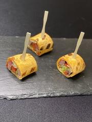 Ролл-сэндвич с ростбифом и горчичным маслом