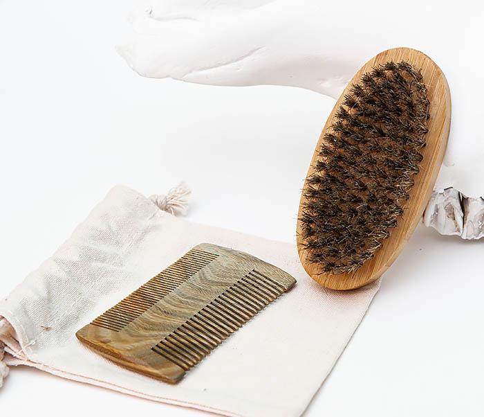 RAZ494 Набор: гребень и расческа для бороды с мешочке фото 02