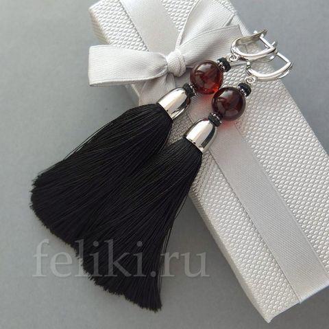 серьги-кисточки чёрные с натуральным янтарём