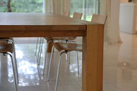 Dining table VILLA
