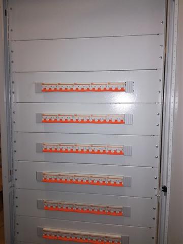 Распределительная панель 3P-208-30