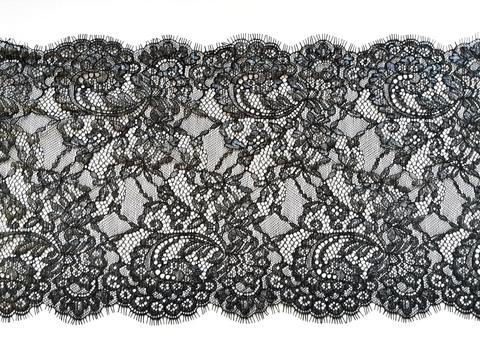 Кружево шантильи, с ресничками, 23 см, черное с серебристым напылением, купон (3м)
